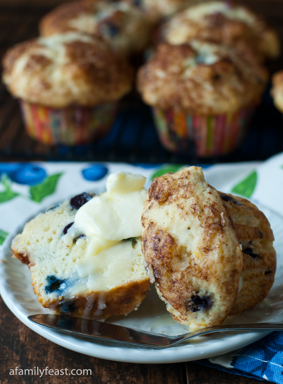 Our delicious and moist Blueberry Cream Cheese Muffins bake up tall ...