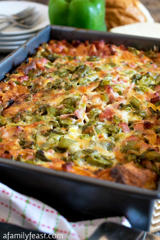 This Ham and Cheese Breakfast Casserole is a perfect dish to feed a ...
